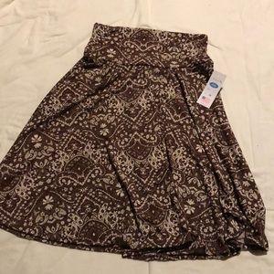 NWT Scroll printed skirt